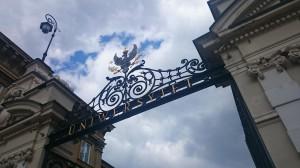 Eingang zur Universität Warschau